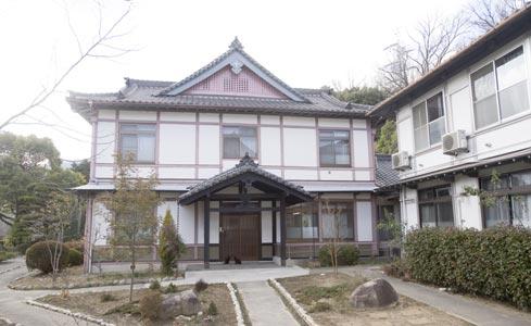 イエズス会聖ヨハネ修道院(黙想の家)(被爆建物)