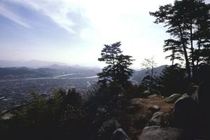 銀山城跡(かなやまじょうせき)(県史跡)