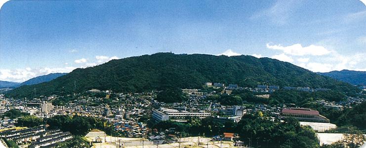 松笠山(まつかさやま)