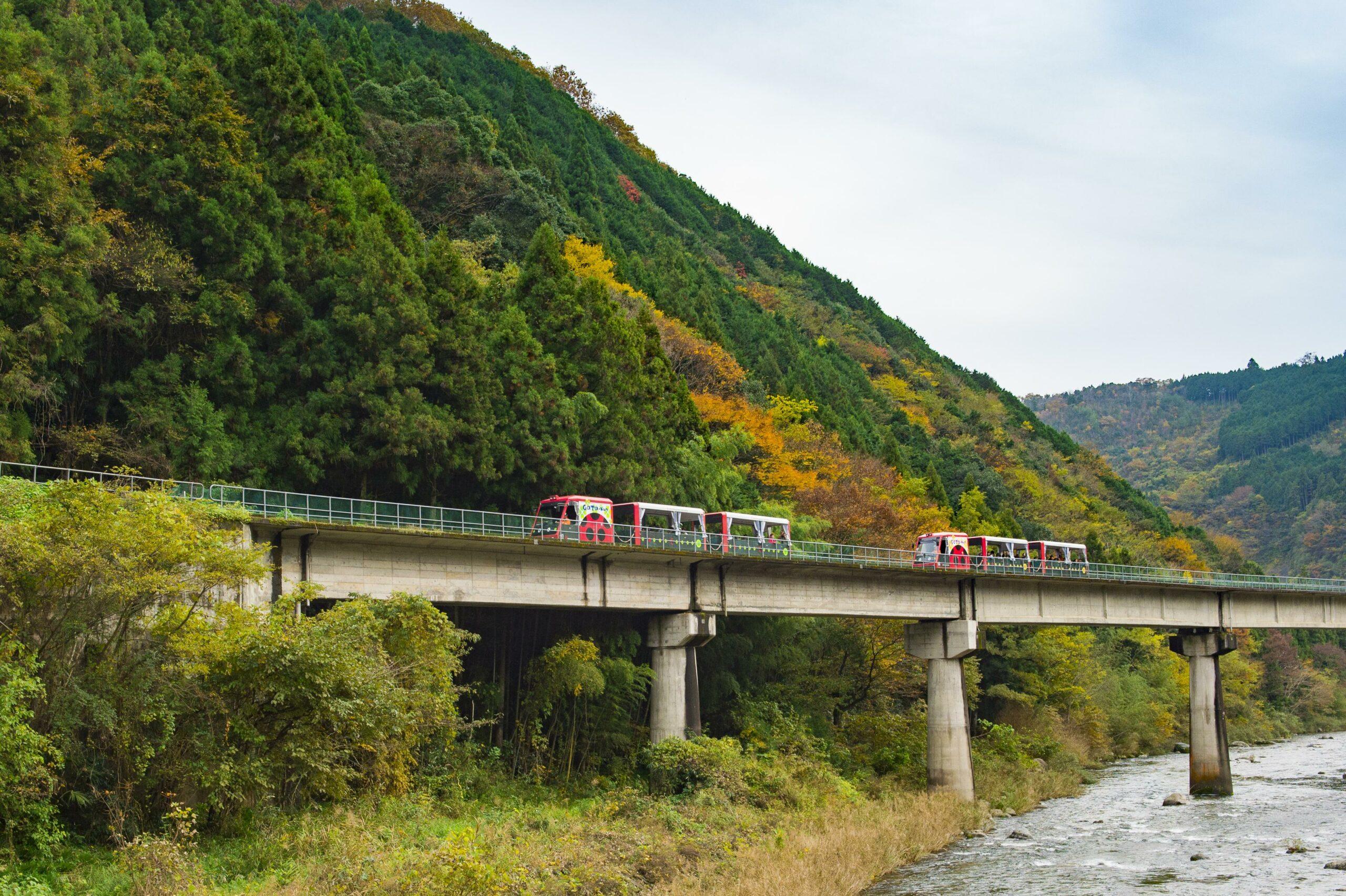 錦川鉄道とことこトレイン(岩国市)