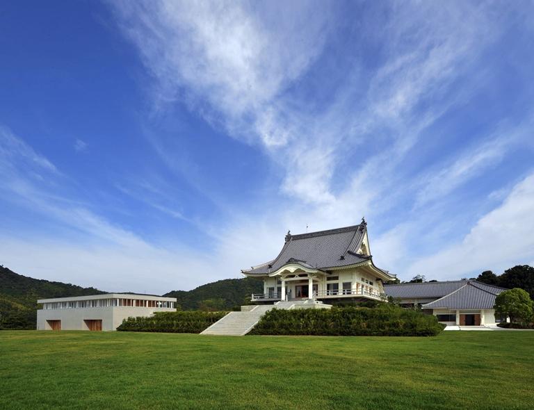 天空の寺院 太光寺で行う 朝ヨガ&瞑想リトリート 心と体を浄化し、新しい私(広島市)