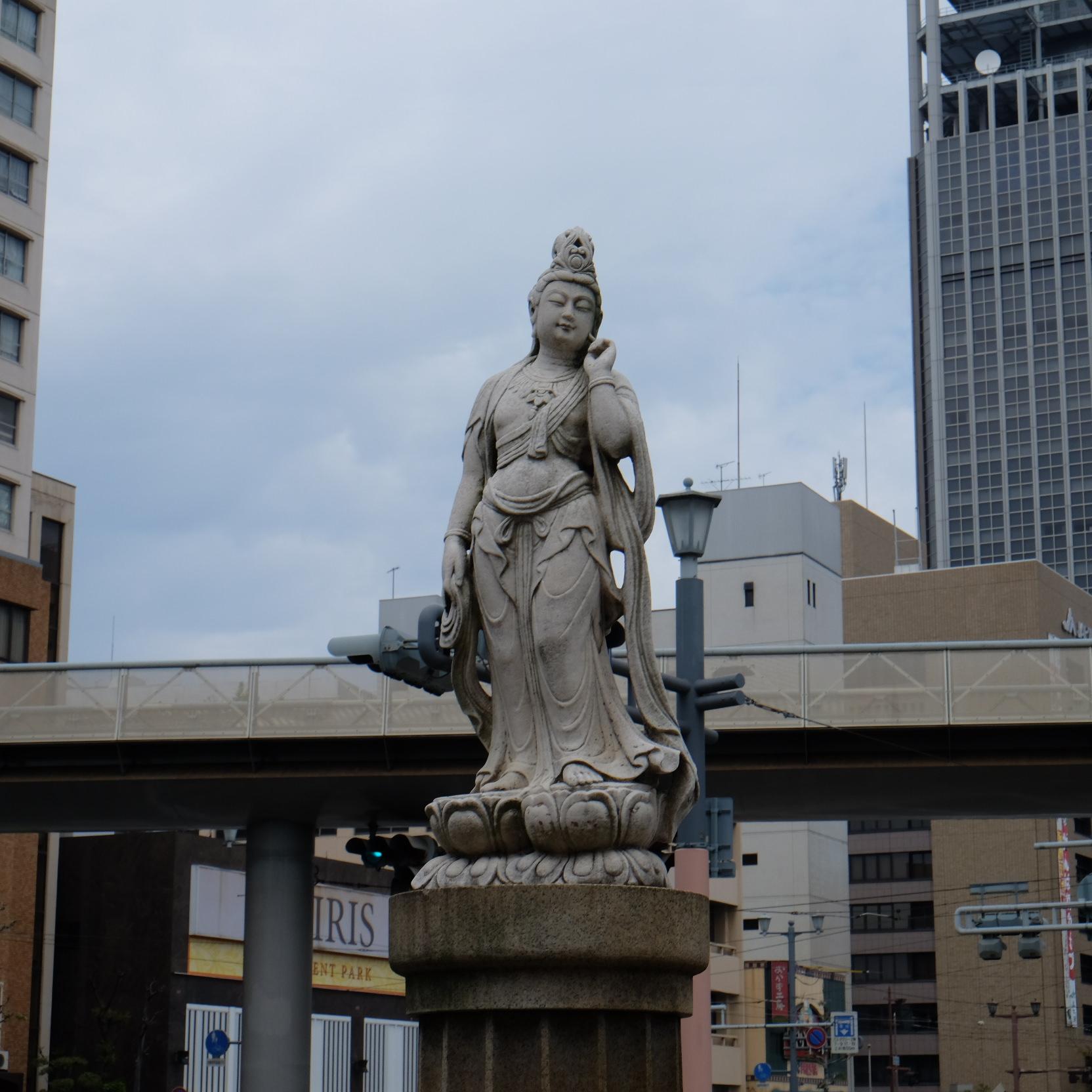 千田町一丁目町民慰霊碑(ふりかえりの塔)